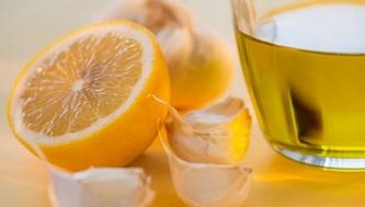 Водка с лимоном, медом и чесноком от простуды