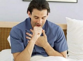У мужчины кашель