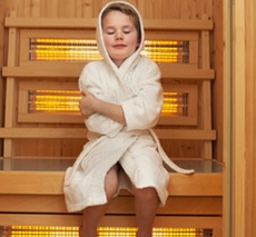 Ребенок в сауне
