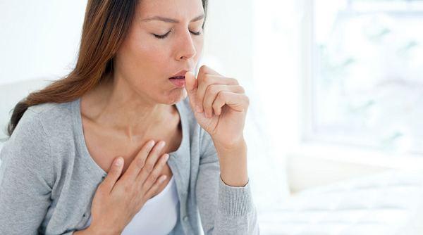 Боль в груди и кашель при пневмонии